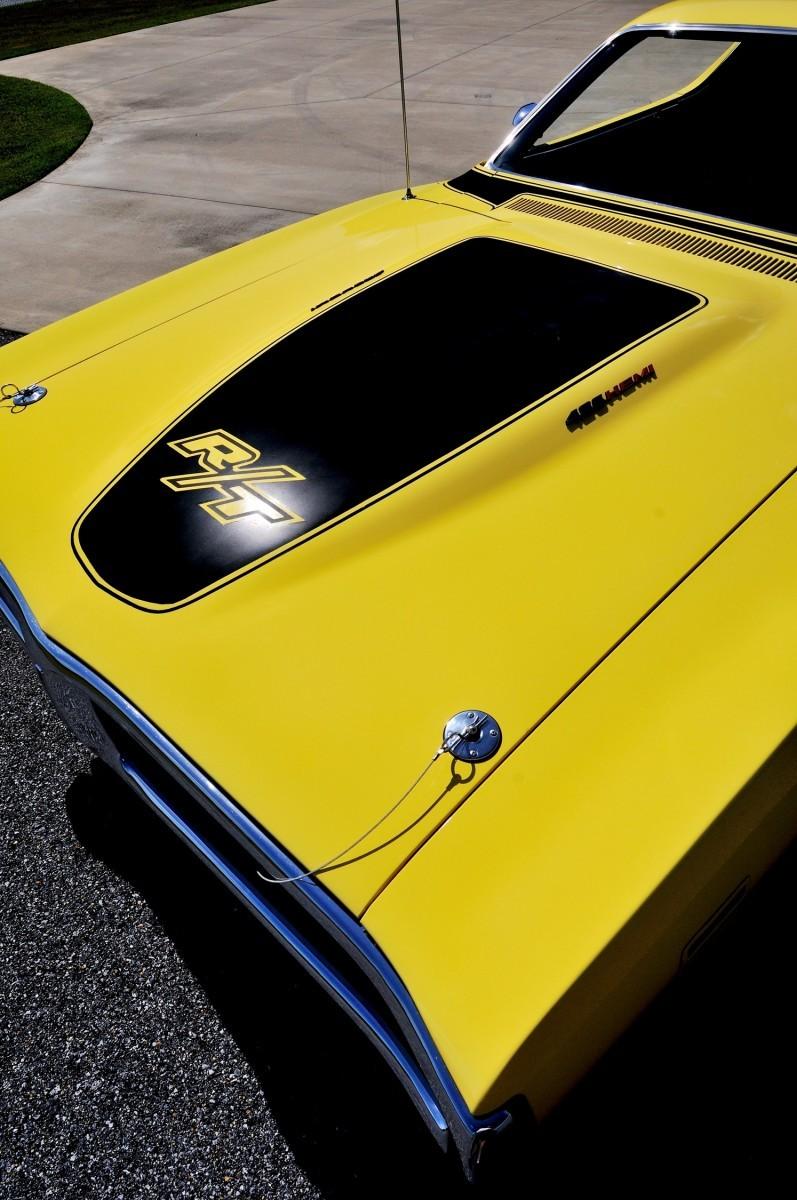 1971 Dodge Hemi Charger RT Lot R216 23