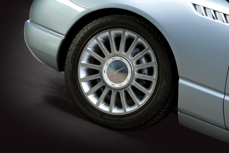 2003 Ford Thunderbird Supercharged Concept 35