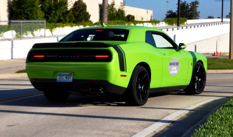 2015 Dodge Challenger RT 10