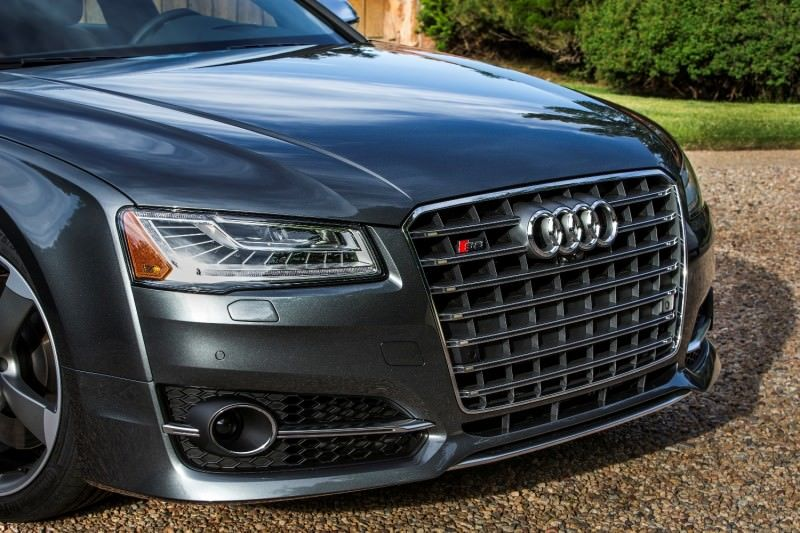 2015 Audi S8 with 520HP and 3.9s to 60MPH Is Quickest and Definitely The Coolest A8  26