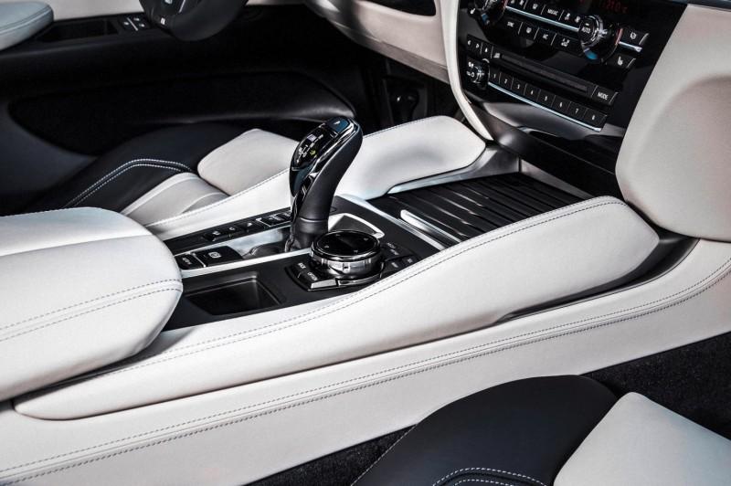 2015 BMW X6 xDrive50i INTERIOR 7
