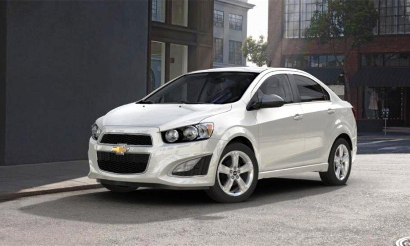2015 Chevy Sonic RS Sedan COLORS and Buyers Guide Info 22