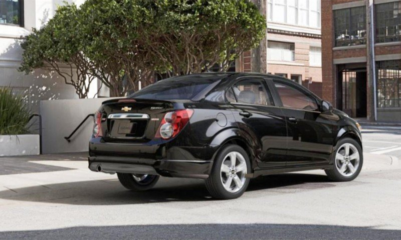 2015 Chevy Sonic RS Sedan COLORS and Buyers Guide Info 56