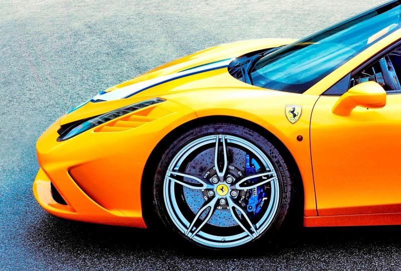 2015 Ferrari 458 Speciale A 9