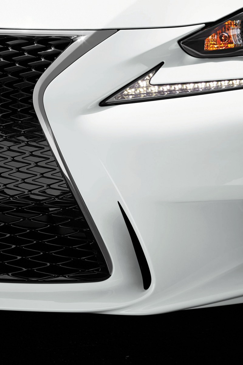 2015 Lexus Crafted Line Debuts at Pebble Beach with Five TUMI-Styled Production Models 10