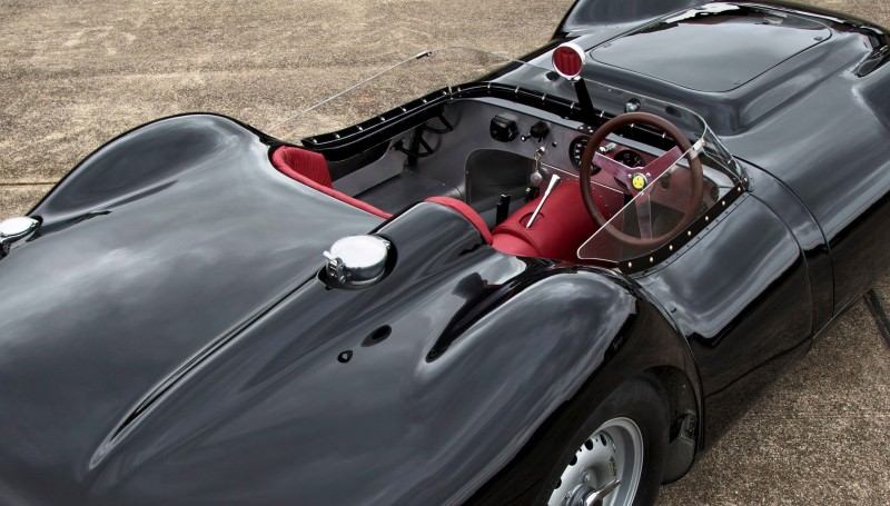 2015 LISTER Jaguar Knobbly 12