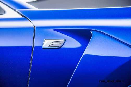 2016 Lexus GS F 13