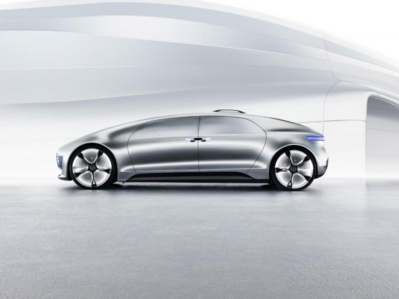 Mercedes-Benz F 015 Concept 34