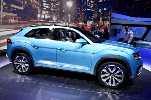 NAIAS 2015 Showfloor Gallery - Day Two in 175 Photos 24