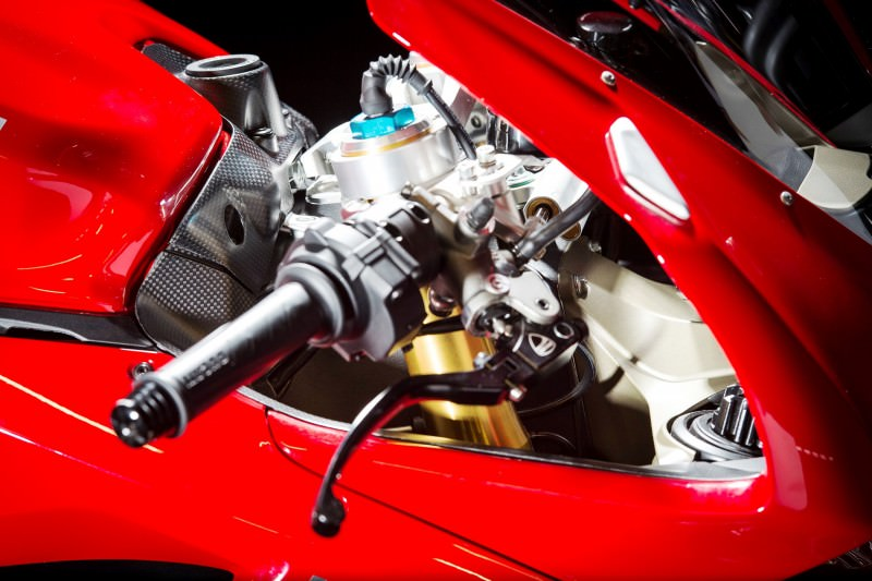132-1299PanigaleS_accessoriesed_24