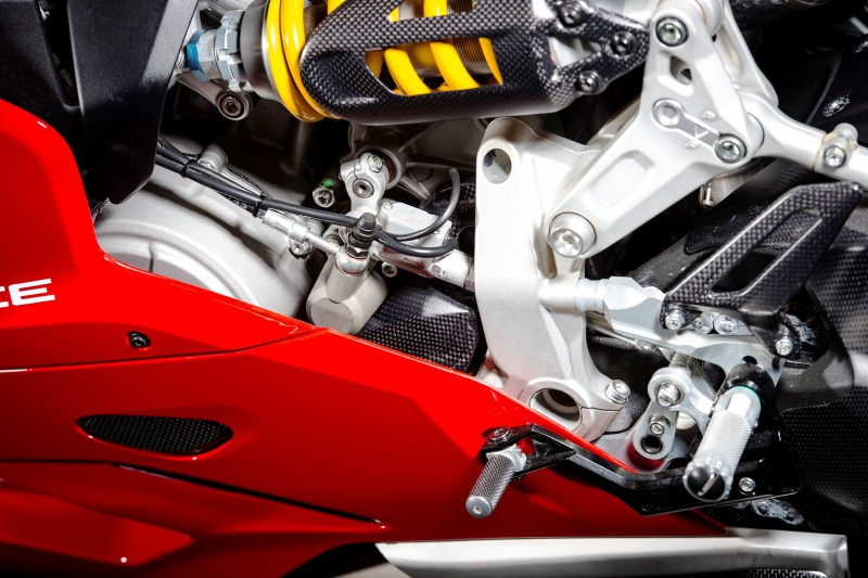 133-1299PanigaleS_accessoriesed_22