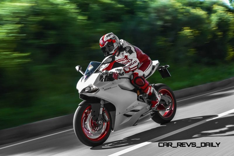 2-58 899 PANIGALE