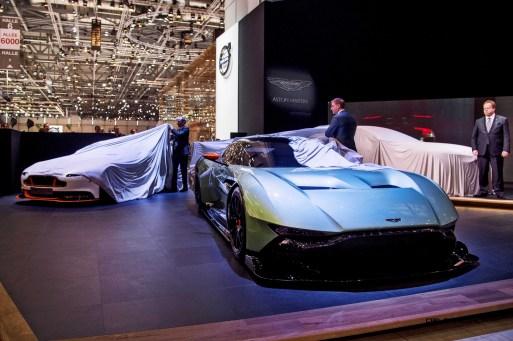2015 Aston Martin DBX Concept 7