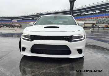 2015 Dodge Charger SRT HELLCAT Review 4