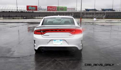 2015 Dodge Charger SRT HELLCAT Review 69