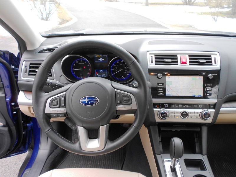 2015 Subaru Outback Limited 11