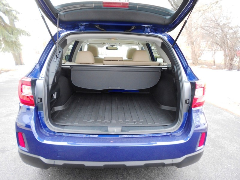 2015 Subaru Outback Limited 6
