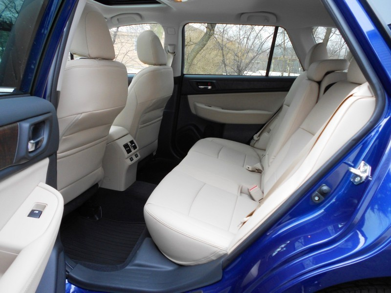 2015 Subaru Outback Limited 7