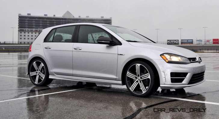 2015 Volkswagen Golf R Review 14