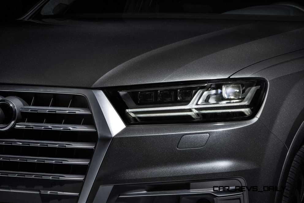 2016 Audi Q7 e-tron 8