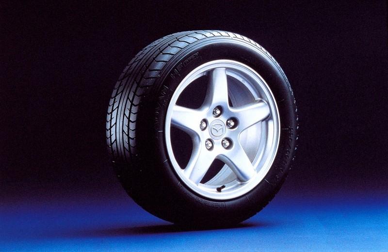 Future Classics - 1993-1995 Mazda RX-7 61