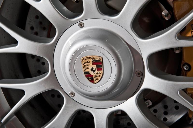 LeMans Homologation Specials - 1998 Porsche 911 GT1 Evo Strassenversion 7