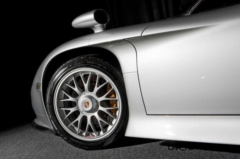 LeMans Homologation Specials - 1998 Porsche 911 GT1 Evo Strassenversion 8