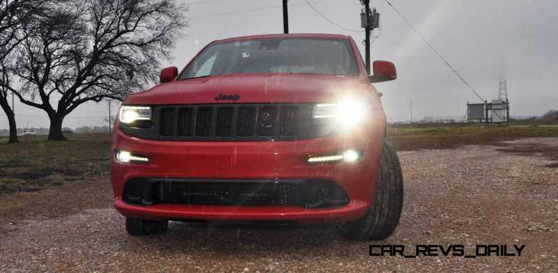 2015 Jeep Grand Cherokee SRT  16