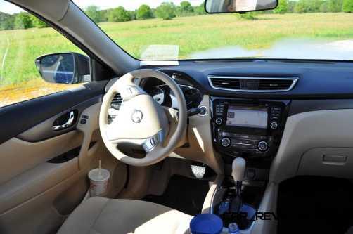 2015 Nissan Rogue SV 40