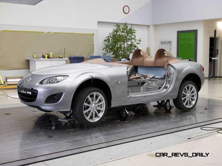 Mazda-MX-5_Superlight_Concept_2009_1600x1200_wallpaper_41