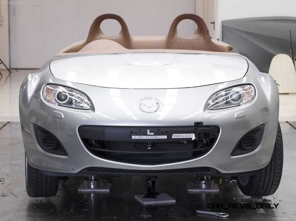 Mazda-MX-5_Superlight_Concept_2009_1600x1200_wallpaper_49