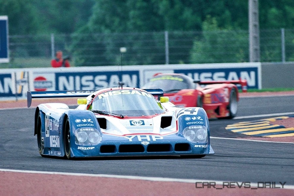 The Nissan R90CK on track at Le Mans in 1990