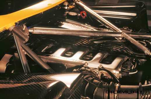 Pagani Roadster 6