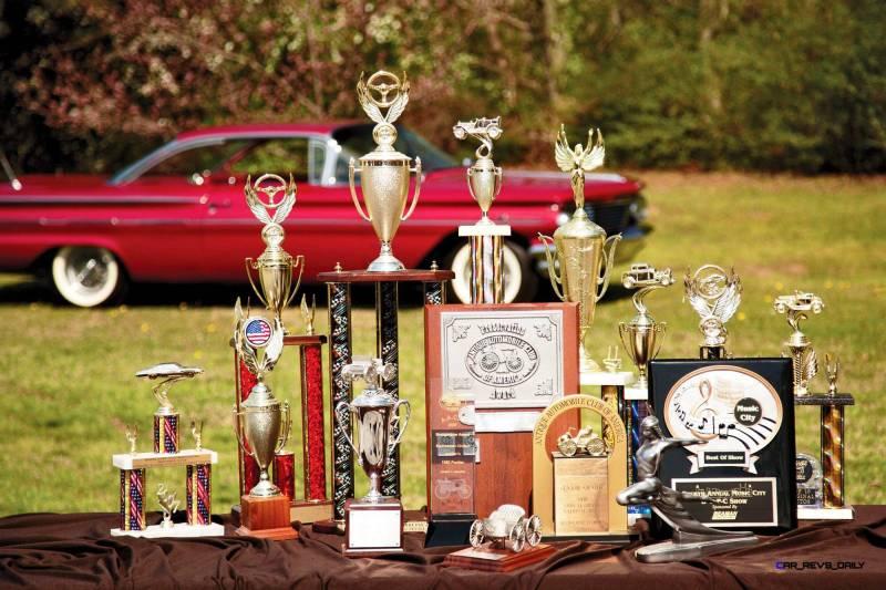 1960 Pontiac Bonneville Sport Coupe 22