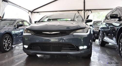 2015 Chrysler 200S Ceramic Blue 13