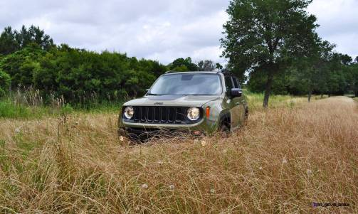 2015 Jeep RENEGADE Trailhawk Review 24