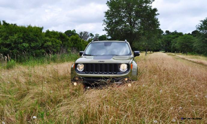 2015 Jeep RENEGADE Trailhawk Review 25