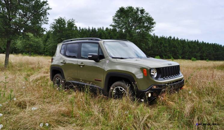 2015 Jeep RENEGADE Trailhawk Review 28