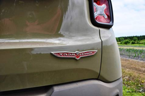 2015 Jeep RENEGADE Trailhawk Review 56