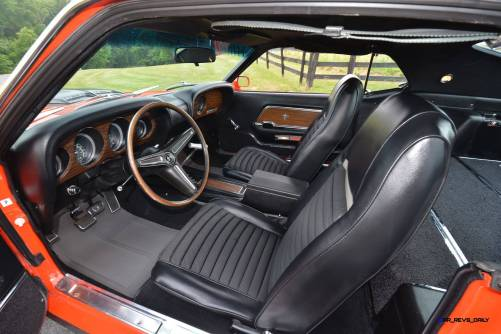 Mecum Harrisburg 2015 114_1970 Ford Mustang Mach 1 Fastback 17