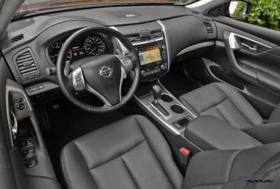 The 2014 Nissan Altima Sedan is available in seven well-equipped models - the 2.5, 2.5 S, 2.5 SV and 2.5 SL featuring a 182-horsepower 2.5-liter inline 4-cylinder and the 3.5 S, 3.5 SV and 3.5 SL with a standard 270-horsepower 3.5-liter V6 engine. Every 2014 Altima is equipped with a standard Xtronic CVT® (Continuously Variable Transmission).