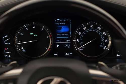 2016 Lexus LX570 21