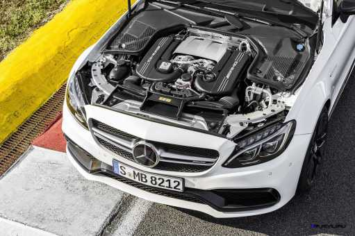 2016 Mercedes-AMG C63-S Coupe 13