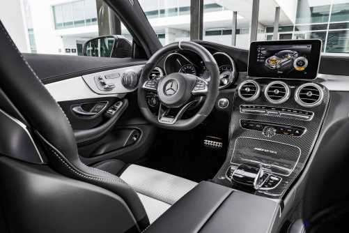 2016 Mercedes-AMG C63-S Coupe 4