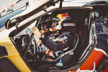 Stephane Peterhansel during the Peugeot test in Erfoud, Morocco, on June 17th, 2015 // Flavien Duhamel/Red Bull Content Pool // P-20150811-00131 // Usage for editorial use only // Please go to www.redbullcontentpool.com for further information. //