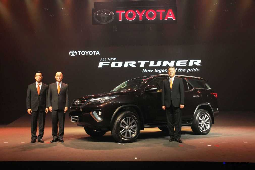 2016 Toyota Fortuner 4