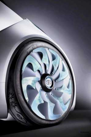 Concept Flashback - 2012 Toyota FT-Bh 5
