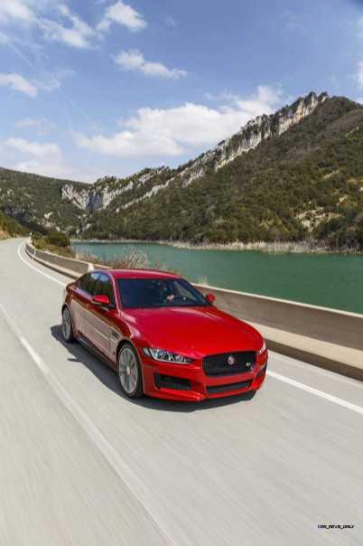Jaguar_XE_IRR_V6S_020_(108534) copy