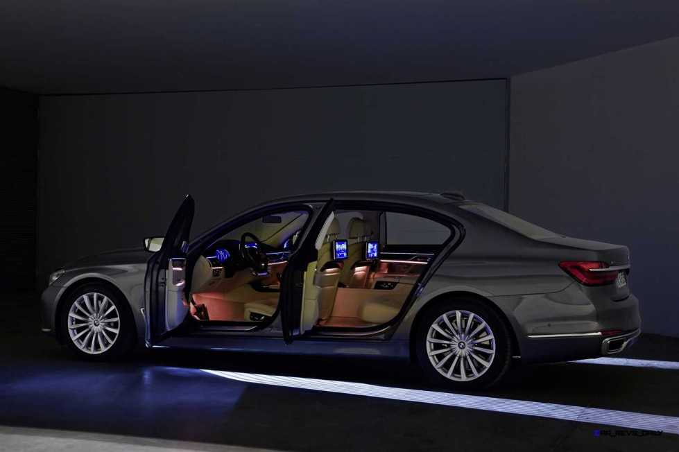2016 BMW 750Li Exterior Photos 139