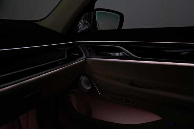2016 BMW 750Li Interior 59